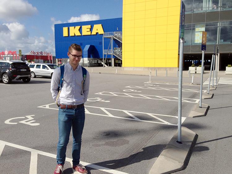Man_IKEA_new_catalog_Dennis_widmark_blogg_blog