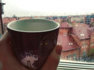 Dagens första kopp kaffe hemma i lugn och ro istället för cykeltur genom ett regnigt Lund