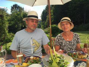 Sommarmiddag hos mamma och pappa i hemstaden Sundsvall.