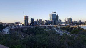 Utsikt över Perth från stadens största park Kings Park.